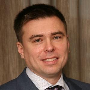 Василий Булгаков, вице-президент по финансовым и юридическим вопросам компании Sminex